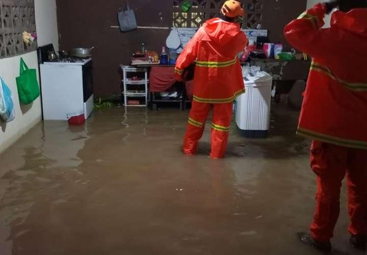 Lluvias causan daños en Panamà